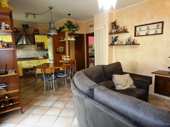 Pesaro - zona borgo santa maria - appartamento in vendita
