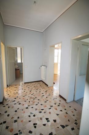 Pesaro - zona santa maria delle fabbrecce - appartamento in vendita