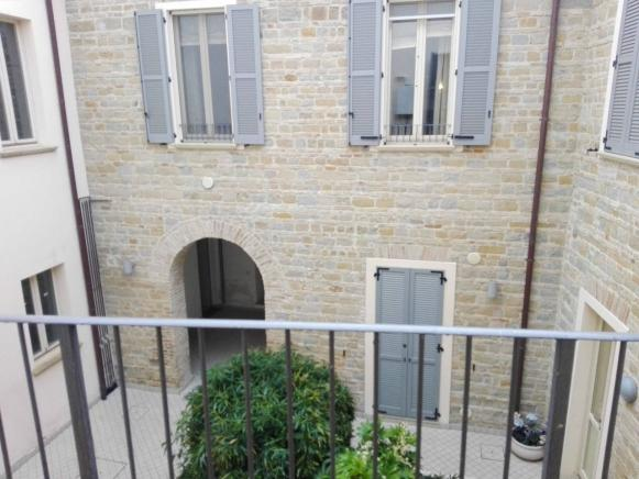 Pesaro - zona centro - appartamento in vendita