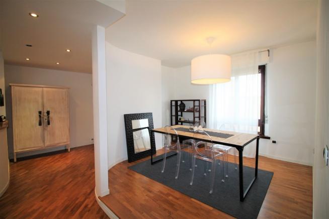 Pesaro - zona cinque torri - appartamento in vendita